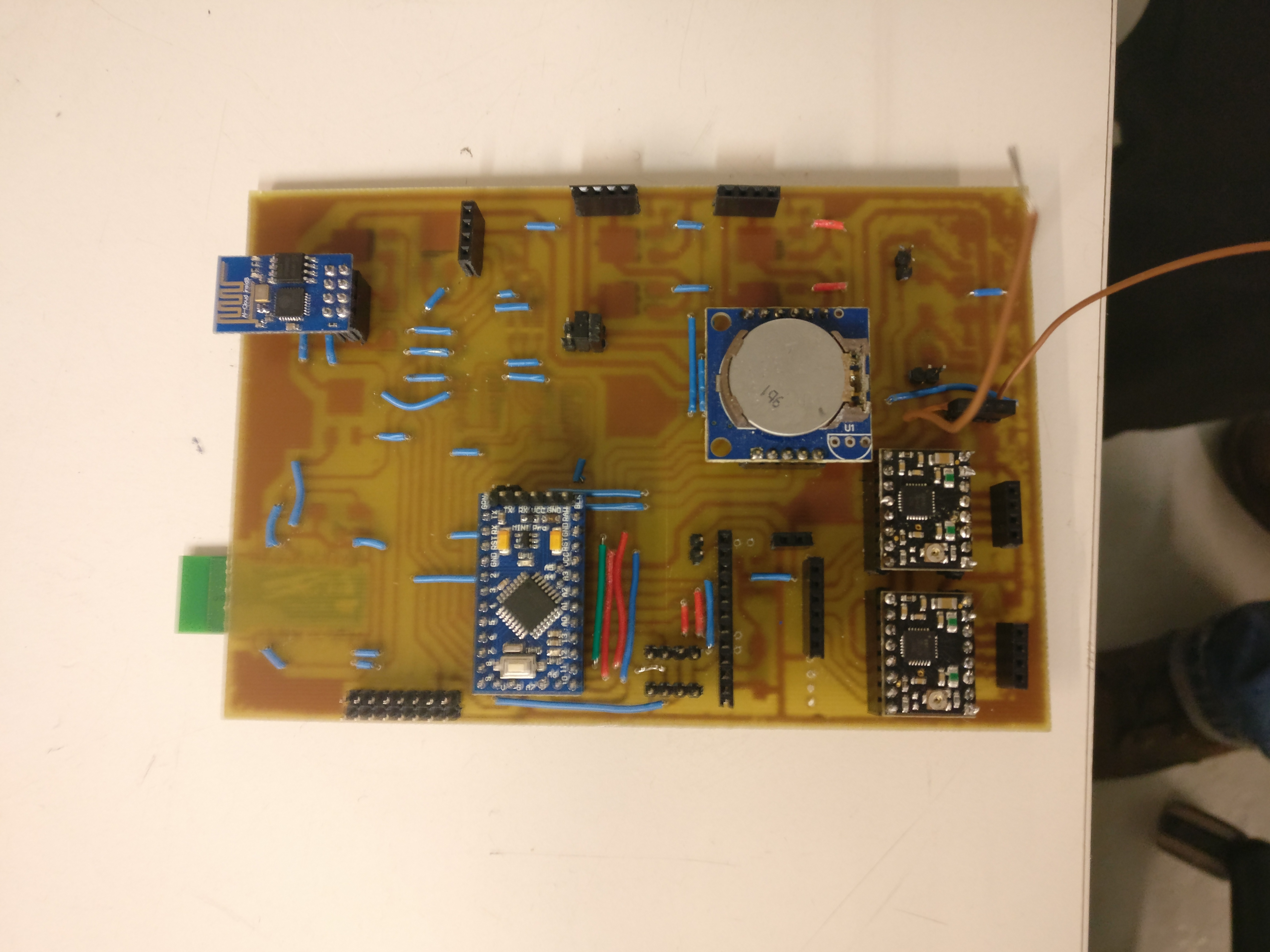 Automatic Lawnmower Mechatronics Exercises Aalto University Wiki High Res Jpeg Of A Circuit Board With Binary Codes As The Background File Img 20170405 161342