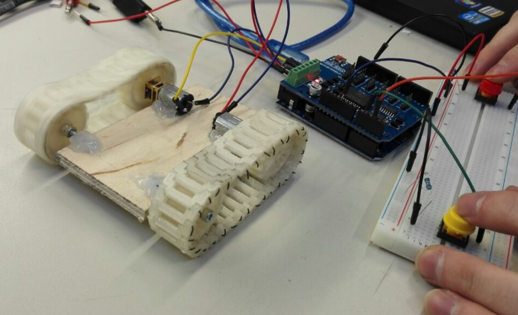 Bluetooth controlled vehicle - Mechatronics Exercises